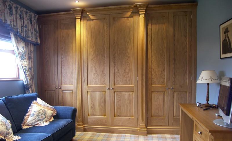 Matthew James Furniture | Gentlemans Oak Bedroom Furniture | Tameside