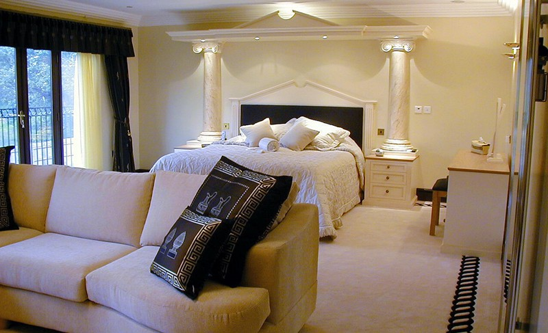 Matthew James Furniture Luxury Fitted Bedroom Saddleworth