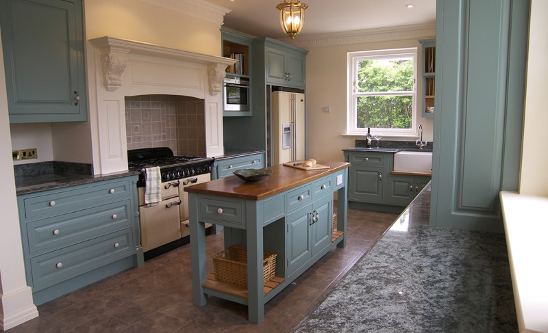 Matthew James Furniture Edwardian Style Kitchen Farrow